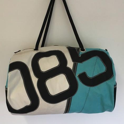 01 beau sac sport PM 02 bocarre