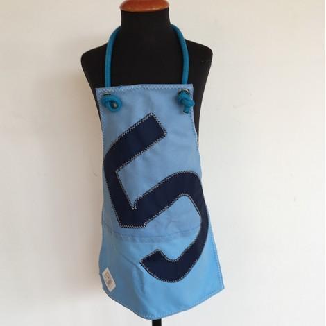 01 tablier enfant bocarre bleu