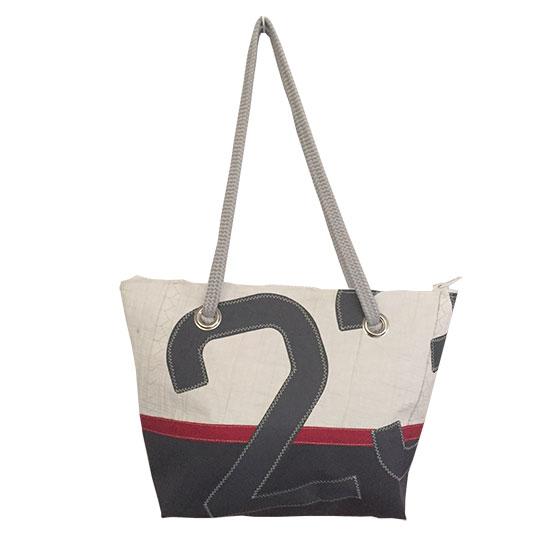 sac en voile de bateau recyclée chiffre 23