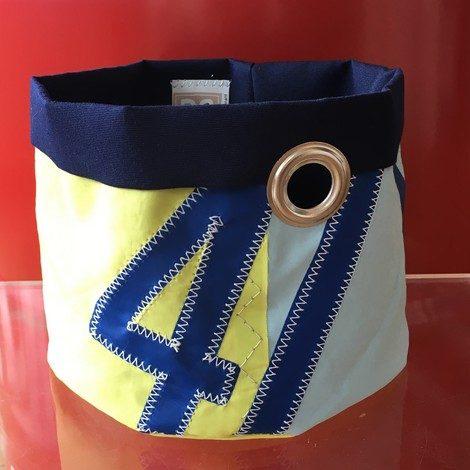 01 corbeille MM 41 bleu bocarre
