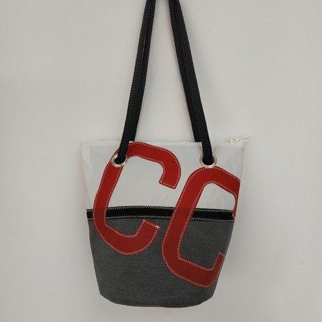 seau gris chiné lettres CC rouge 01