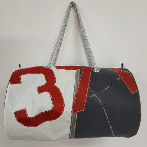 sport GM gris numero 371 rouge 01
