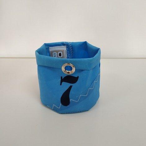 corbeille PM bleu ciel 7 bleu marine 01