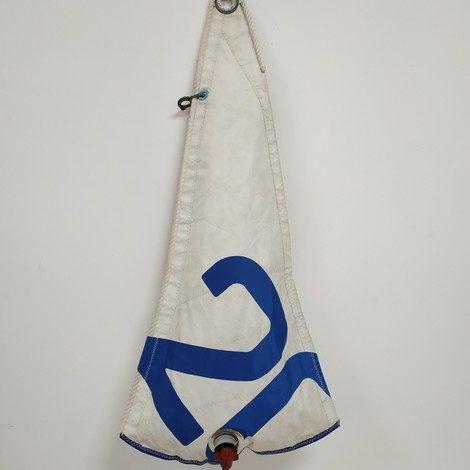 poche survie mousqueton blanche 20 bleu roi 01